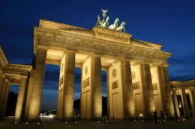 Portal de Bradenburg na Alemanha: Médicos alemães concordam com os médicos da USP e da Itália. O que mata pelo Covid-19 é a MICROTROMBOSE